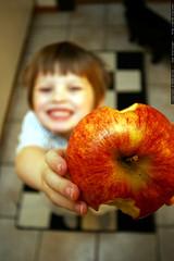 niño manzana